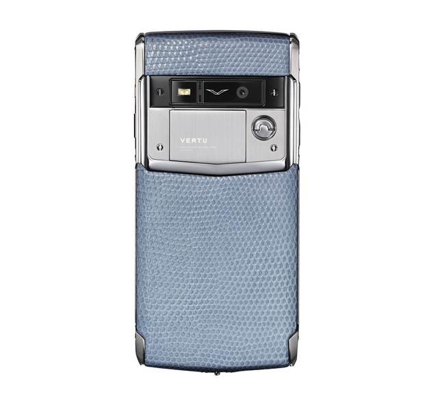 Vertu launches Signature Touch